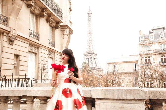 The Cherry Blossom Girl - Kenzo Une Fleur Dans La Ville 08