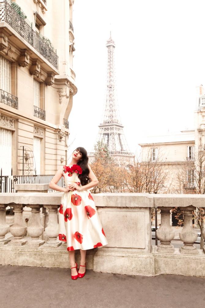 The Cherry Blossom Girl - Kenzo Une Fleur Dans La Ville 09