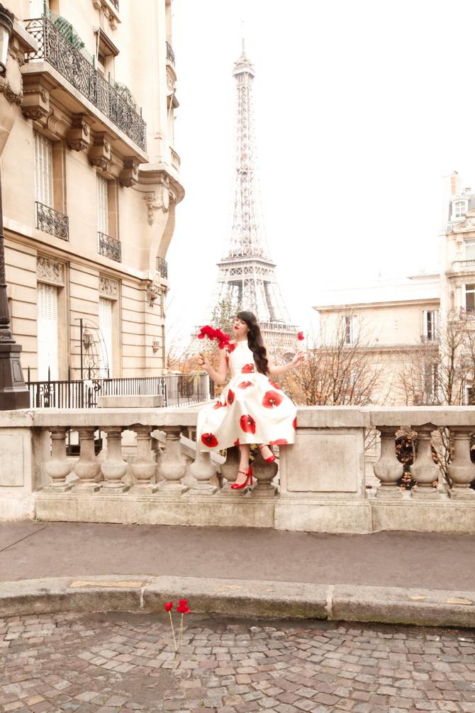 The Cherry Blossom Girl - Kenzo Une Fleur Dans La Ville 10