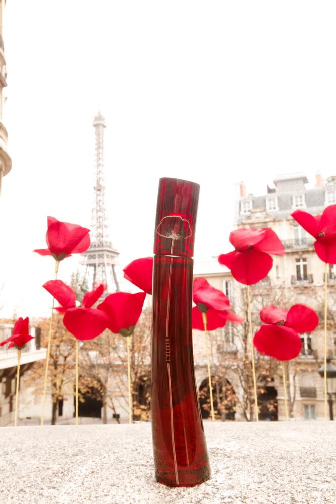 The Cherry Blossom Girl - Kenzo Une Fleur Dans La Ville 17