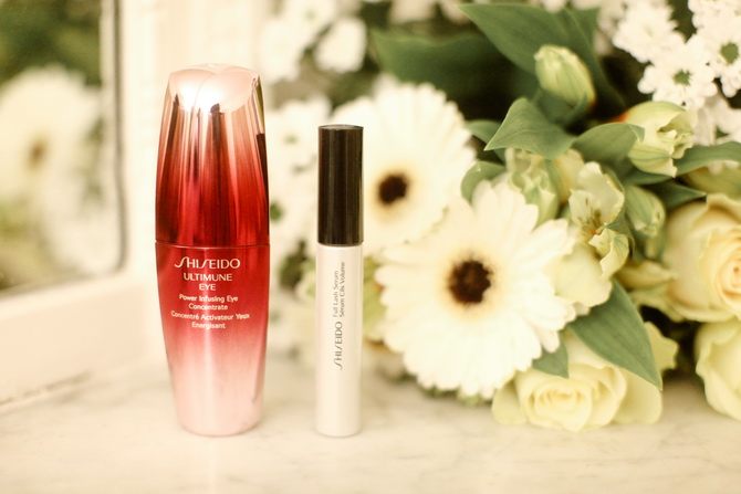 The Cherry Blossom Girl - ShiSeido yeux 02