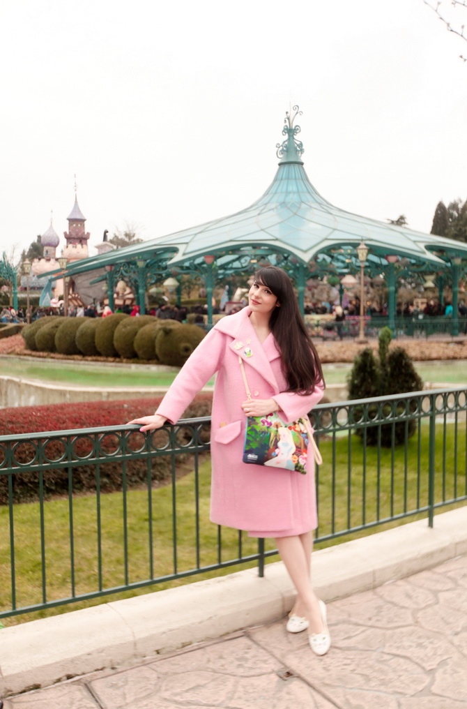 The Cherry Blossom Girl - Disneyland Paris Alice Carven 01