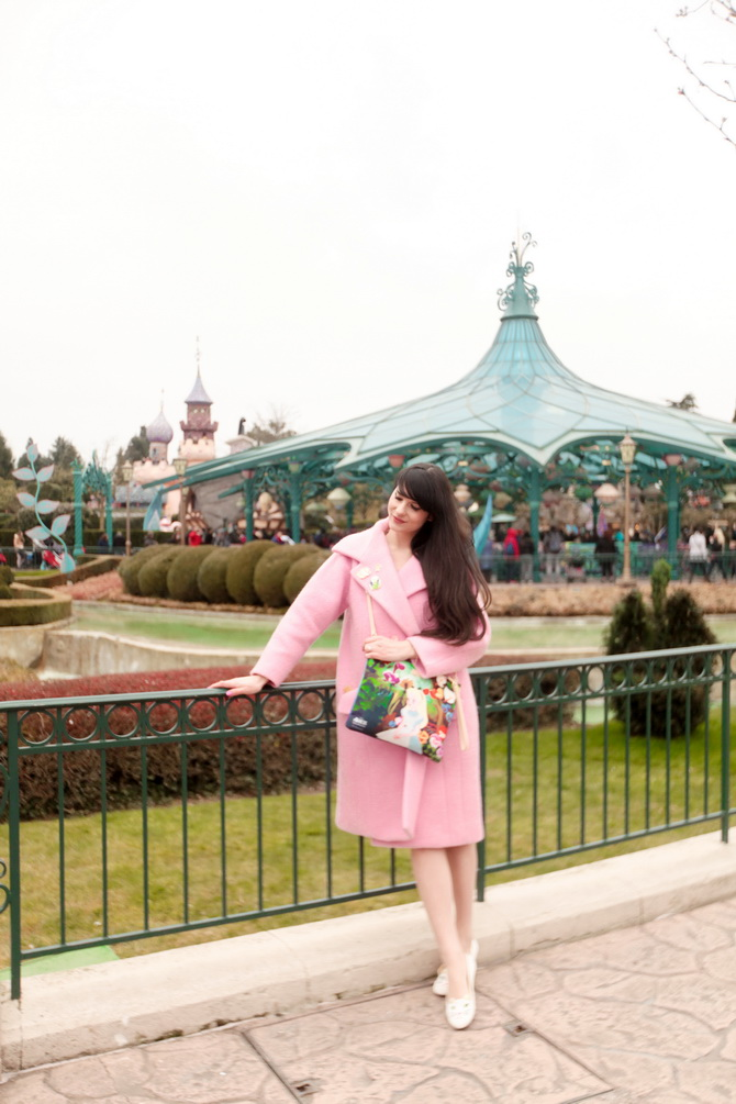 The Cherry Blossom Girl - Disneyland Paris Alice Carven 02