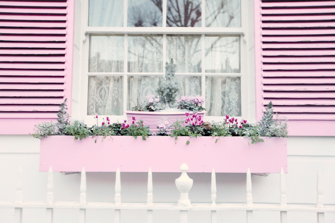 the-cherry-blossom-girl-london-pink-door-10