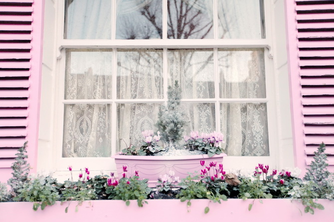 the-cherry-blossom-girl-london-pink-door-15
